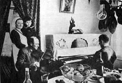 geschichte der russlanddeutschen teil 2 weihnachten. Black Bedroom Furniture Sets. Home Design Ideas